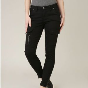 Silver Jeans Black Twill Cargo Pants